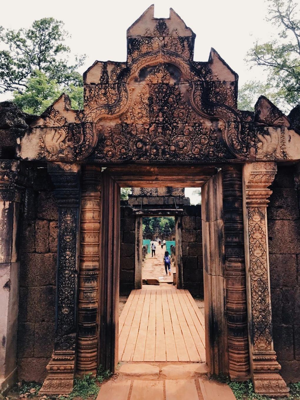 Banteay-Srei-Cambodia-1
