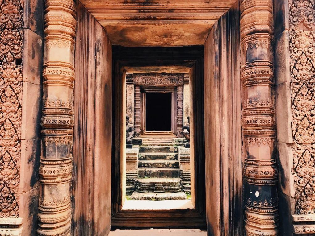 Banteay-Srei-Cambodia-2