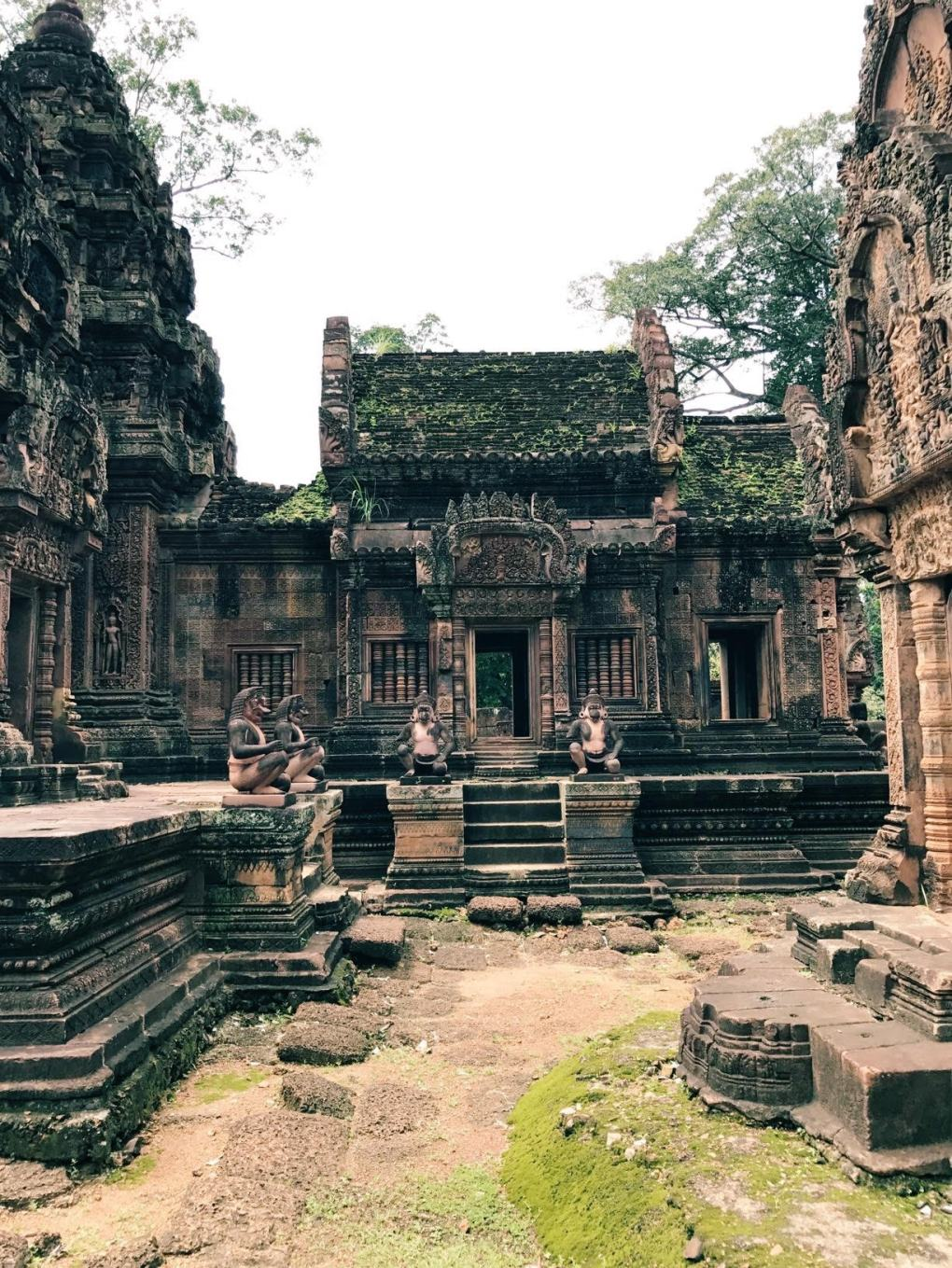Banteay-Srei-Cambodia-5